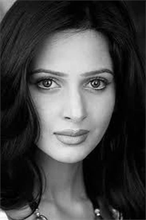 saba qamar pakistani drama actress | online pakistani dramas