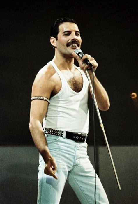 Freddie Mercury   Freddie Mercury Photo (15729374)   Fanpop