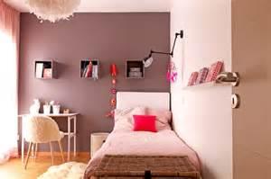 good Chambre Rose Et Gris #1: une-chambre-de-fille-rose-poudre-et-taupe-plein-didees-pour-a-linterieur-de-meilleur-elegant-avec-belle-chambre-fille-taupe-dans-bordeaux.jpg