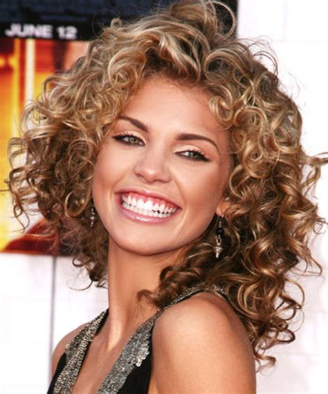 can hair be slightly curly or wavy 25 elegant and good curly hairstyles ideas for women 2017