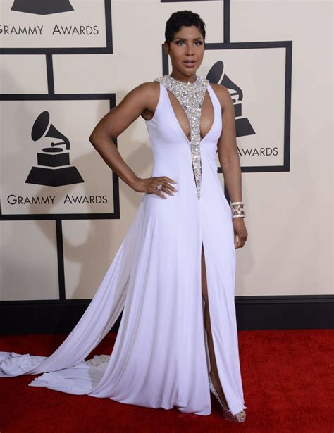 toni braxton red carpet dress 2015 2015 grammys toni braxton long celebrity dresses high neck