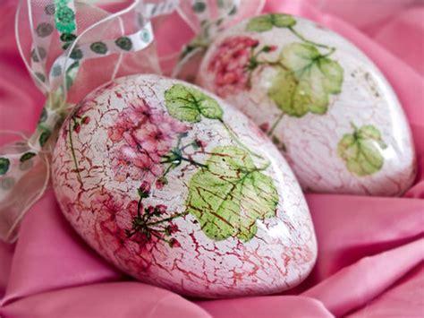 Decoupage Eggs - antique eggs hobby chemaco