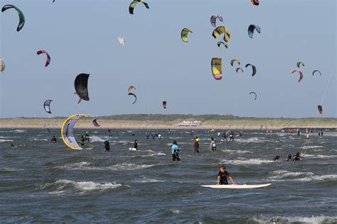 de brouwersdam kitesurfen brouwersdam druk zeeland kant noordzee