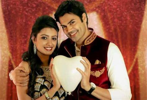 actor ganesh instagram nisha ganesh venkatram s filmy proposal to nisha tamil