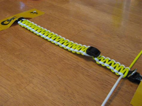 how to make a paracord collar how to make a paracord collar