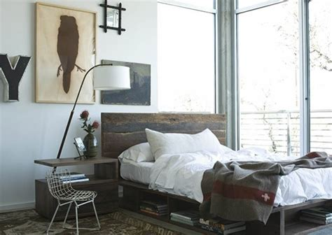 reclaimed wood platform beds farmhouse bedroom