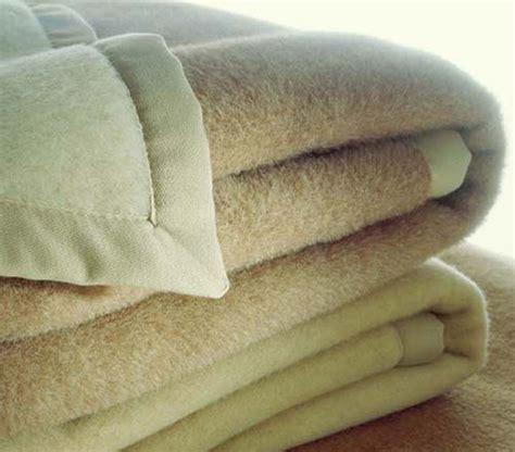 pulizia tappeti bicarbonato come pulire tappeto di cheap lavaggio tappeto