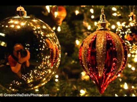 christamas decorations in greece άγια νύχτα τα παιδιά η μαρίζα κωχ