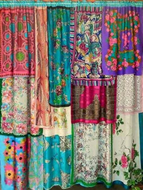 cervan bedding and curtains best 25 gypsy caravan ideas on pinterest gypsy wagon