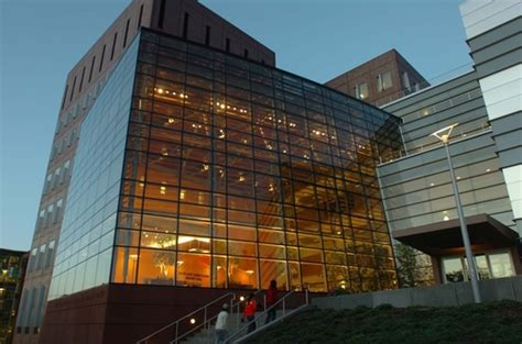 Syracuse Mba Whitman Programs by Syracuse Photos Best College Us News
