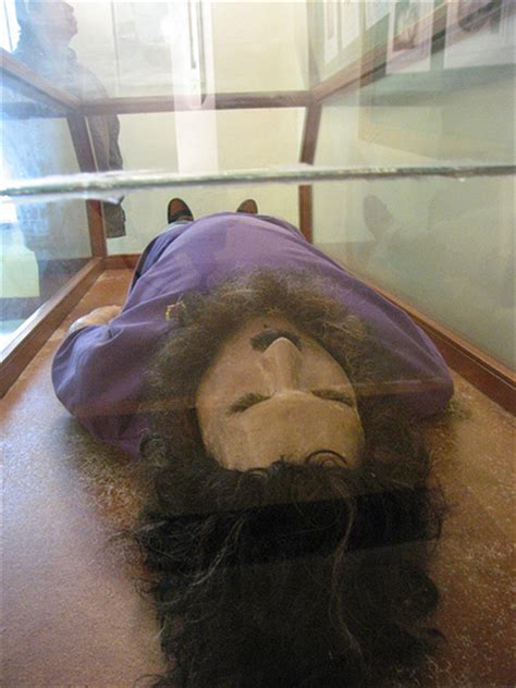 1 Homes by A Replica Of Pablo Escobar S Dead Body Yes Creepy