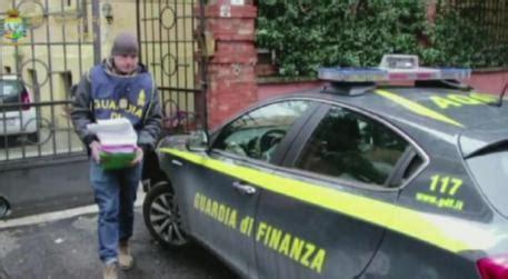 ultim ora pavia gdf arresta direttore poste nel pavese ultima ora ansa
