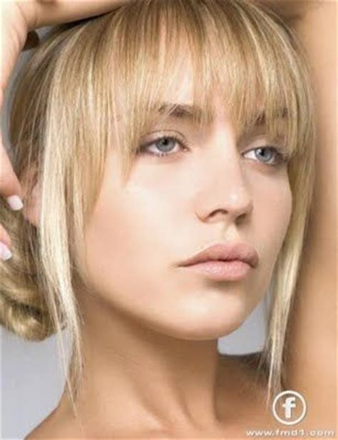 hairstyles for long faces and high foreheads 25 best ideas about high forehead on pinterest bangs