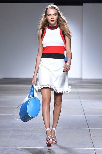 Lees At Topshop And At Fashion Week by Cara Delevingne Wows As She Opens Topshop Unique Show At Lfw