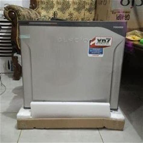 Kulkas Freezer Toshiba harga toshiba kulkas mini portabel glacio xd7 gr n9p