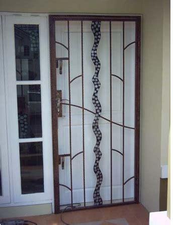 bengkel las stainless teralis pintu   Bengkel Las Baja