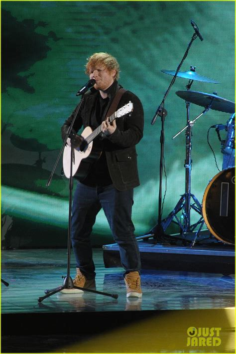 Ed Sheeran Perfect Italian | ed sheeran melts everyone s hearts while singing perfect