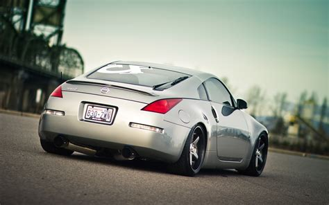 is a nissan 350z a sports car nissan 350z luxury sport car wallpapers 2560x1600 978461