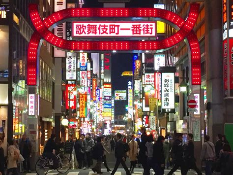 tokyo red light district ultimate guide of shinjuku s red light district kabukicho