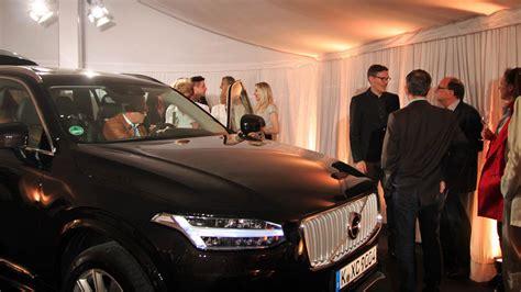 Auto Eder M Nchen by Auto Eder Er 246 Ffnet Neues Volvo Haus Autohaus De