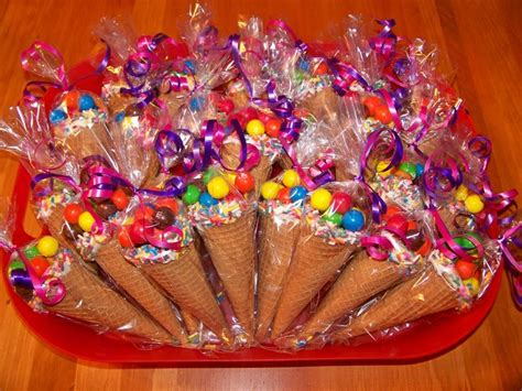 Candy Giveaways For Birthdays - 25 best ideas about candy party favors on pinterest birthday party favors kids