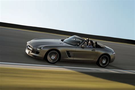 Mercedes Sls Amg Convertible by New Mercedes Sls Amg Roadster Pictures Details