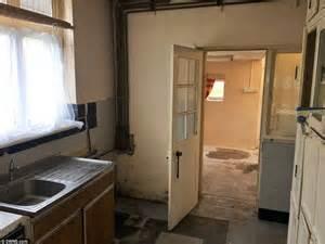 diy bedroom ideas buzzfeed how to open bedroom door locked from inside bedroom farce st from www