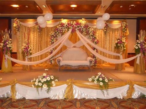 fashion trends reception mandap decoration