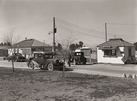 the history place dorothea lange photo gallery finding