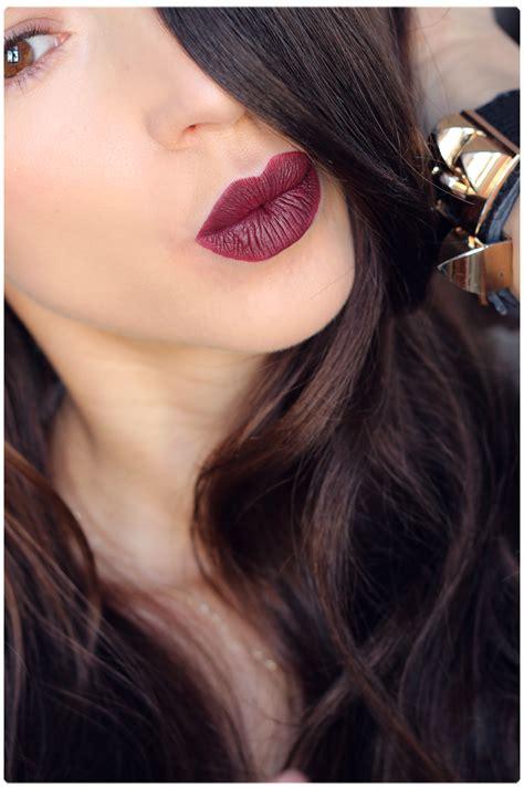 Lipstik Golden alina kosmetyczny golden longstay matte