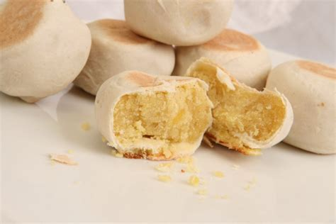 Bakpia Cheese 10 must try dishes from yogyakarta indoindians