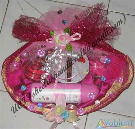 Gift Basket Decoration by Gift Basket Decoration Course Coaching Tuition