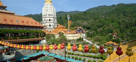 flights from hong kong to malaysia best deals last minute flights from the airfare experts