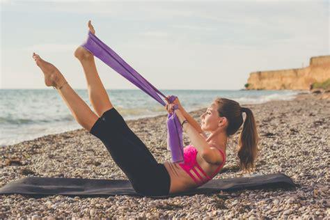 pilates a casa pilates cos 232 benefici e esercizi da fare a casa melarossa