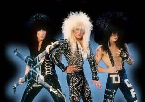 Hair metal mania w glam hammer hotel congress
