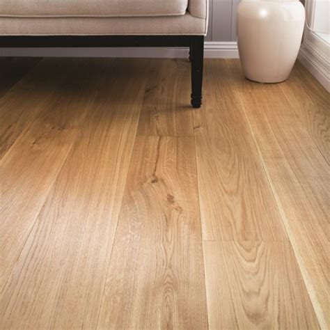 BOEN Oak Golden Valley 1 Strip 209mm Live Natural Oil