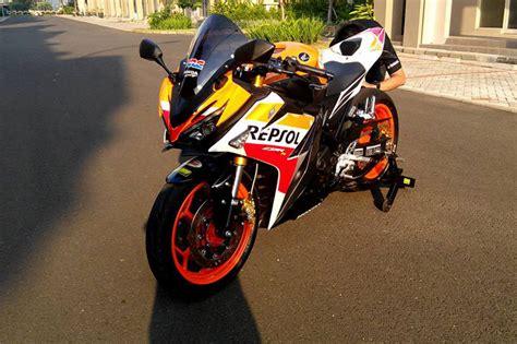 Cover Tangki Cbr150r Ini Dia Modifikasi All New Honda Cbr150r Repsol Terkeren