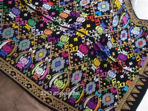 O Kain Tenun tenun buna ntt kain tradisional cantik memikat mata
