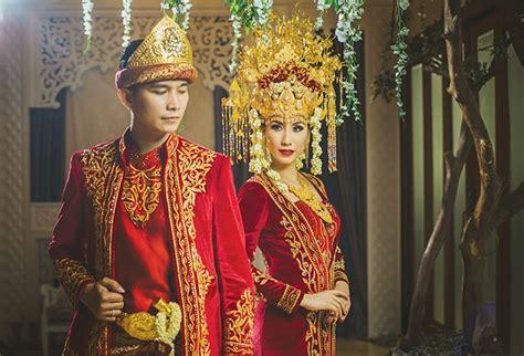 contoh busana pernikahan khas adat bali tradisi pernikahan adat palembang