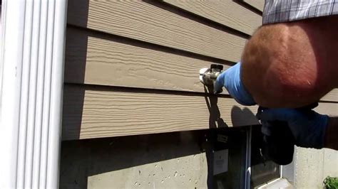 outside sill faucet installed with pex plumbing tips