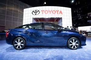 Electric Cars Vs Gasoline Cars Articles Study Pits Electric Cars Against Fuel Cell Vehicles News