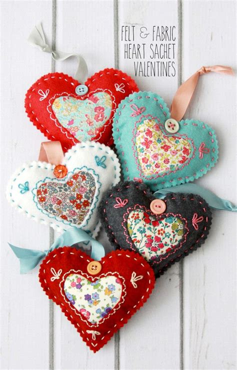 free crafts to make 25 best ideas about felt hearts on felt