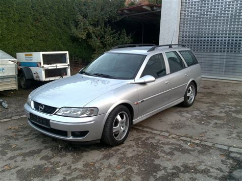 opel vectra b caravan 2000 opel vectra b caravan pictures information and