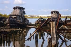 marine salvage yards new jersey photographs show arthur kill ship graveyard in rossville