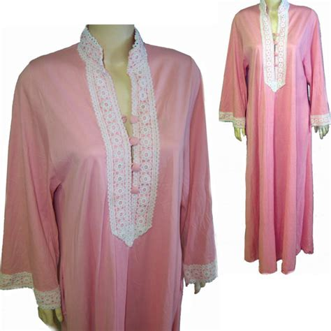 Vanity Fair Robes And Gowns by Vanity Fair Gown Robe Sleeve Pink Lace By