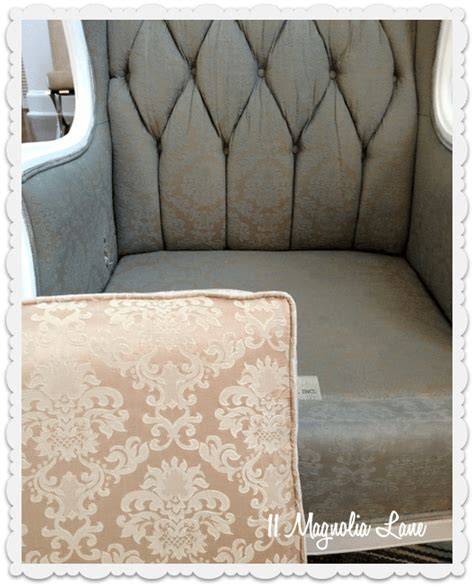 Painting Sofa Fabric by Tutorial How To Paint Upholstery Fabric And Completely