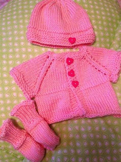 free patterns at ravelry ravelry deliknits free pattern knitting babies pinterest