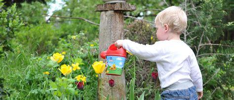 Gardening Help How To Get Your Into Gardening Hetland Garden Centre