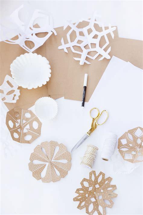 Modern Paper - diy modern paper snowflakes val living
