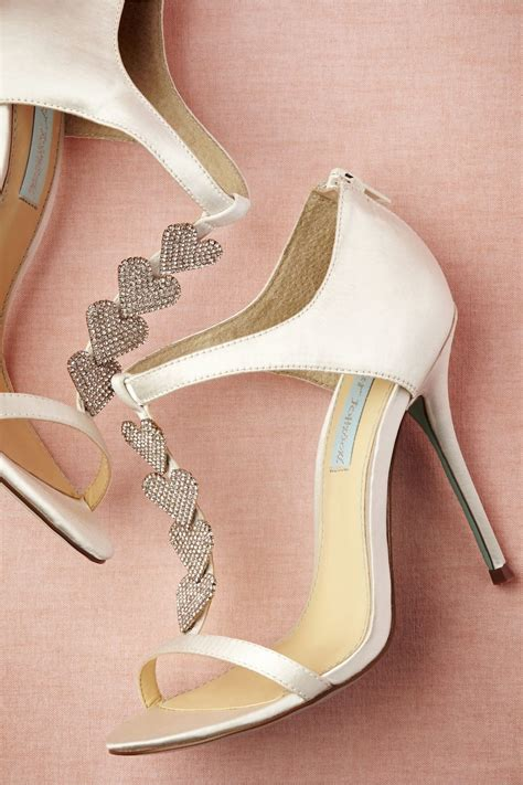 5 Wedding Day Shoes For Every Budget by 18 Aisle Worthy Shoes For Every Budget Weddingbells